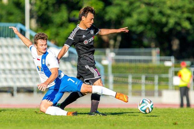 Zdjęcie numer 2 w galerii - Kalju Nomme - Lech Poznań 1:0. Kolejna kompromitacja polskiego futbolu