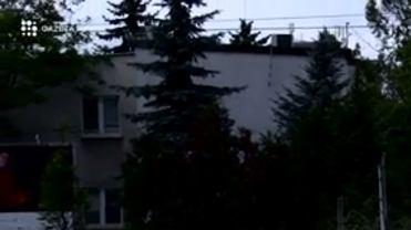 """Czy tam kto� mieszka? Pytamy przy domu Jaros�awa Kaczy�skiego. """"Mi�y s�siad"""""""