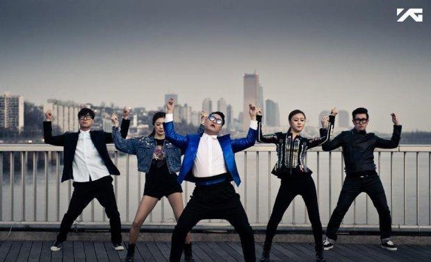 Artysta opublikował dwa teledyski do utworów z najnowszej płyty ?Chiljip Psy-Da?.