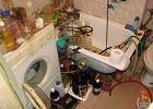 Zatrzymany mężczyzna laboratorium urządził w łazience