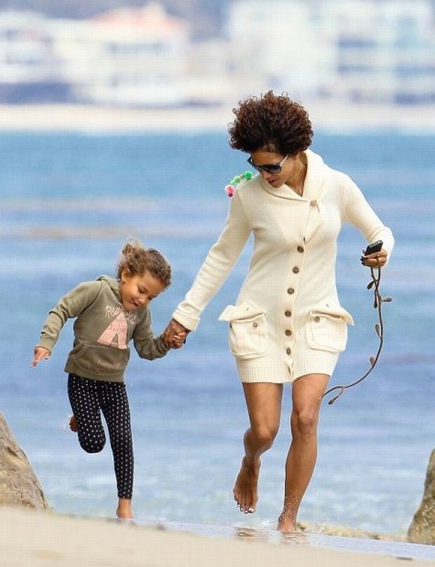 Halle Berry z córką.