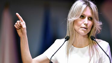 Og�rek przem�wi�a w TVP i oskar�a: Mainstream ruszy�, �eby urwa� mi kilka procent poparcia