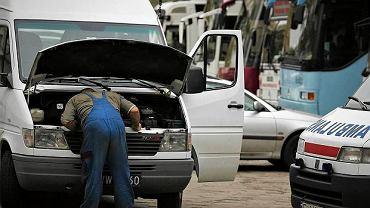 Mechanik na ulicy
