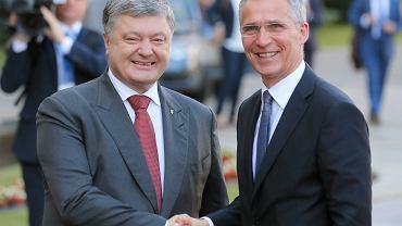 Prezydent Ukrainy Petro Poroshenko i sekretarz generalny NATO Jens Stoltenberg