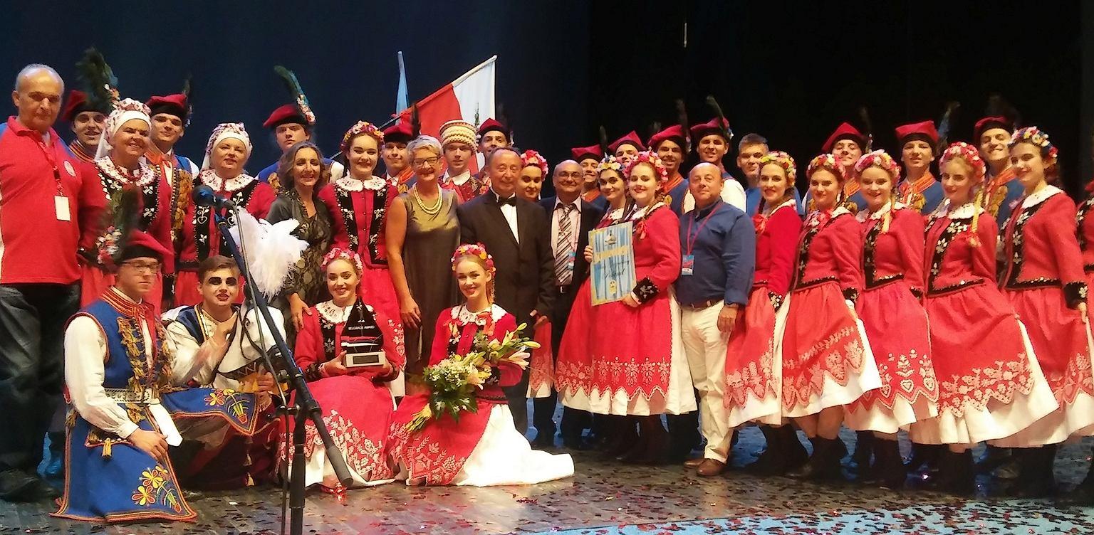 Orkiestra Taneczna Ryszarda Damrosza Zespół Smyczkowy Ryszarda Damrosza - Zbigniew Kurtycz Z. Kurtycz Untitled