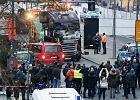 """Berlin. Ciężarówka wjechała w tłum na świątecznym jarmarku. Merkel zwołuje specjalne posiedzenie rządu: """"To był zamach terrorystyczny"""""""