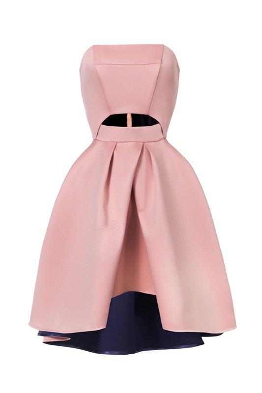 f823bce0e4 Zdjęcie numer 29 w galerii - Jak się ubrać na wesele  Najmodniejsze sukienki  z nowych
