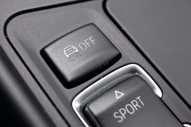 ESP   Ten układ rządzi autem
