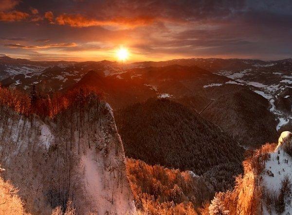 Zatrzymaj się na chwilę! I popatrz. To polskie góry. Zapierające dech w piersiach zdjęcia