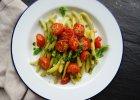Jedzenie na czasie: Fasolka szparagowa z pieczonymi pomidorkami i bazyli�