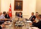 Turcja zwo�uje nadzwyczajne spotkanie NATO. Merkel: Kontynuujcie rozmowy pokojowe z Kurdami