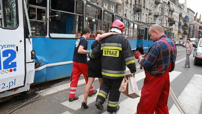 W wypadku zostało poszkodowanych 25 osób, ale nie ma ciężko rannych