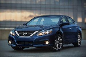 Nowy Nissan Altima | Nie dla nas