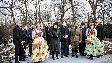 Prezydent Warszawy Hanna Gronkiewicz-Waltz oraz Prezydent Świętochłowic Dawid Kostempski podczas konferencji prasowej dotyczącej budowy pomnika Wojciecha Korfantego
