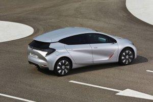 Wideo | Salon Paryż 2014 | Eolab, jednolitrowe Renault