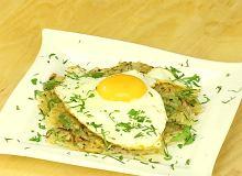 R�sti - szwajcarskie placki ziemniaczane z jajkiem sadzonym - ugotuj
