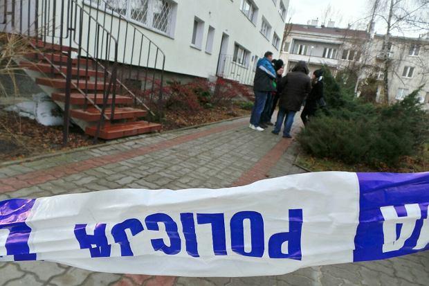 Warszawa. Po po�arze mieszkania na �oliborzu znaleziono zw�oki kobiety bez g�owy