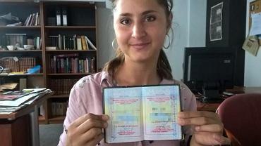 Pani Tetiana dwa lata czeka na decyzję w sprawie jej karty pobytu