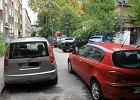 """Samochody dusz� Koszutk�. """"Miasto udaje, �e problemu nie ma"""""""
