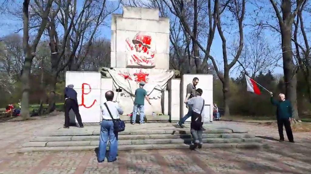 Malowanie pomnika