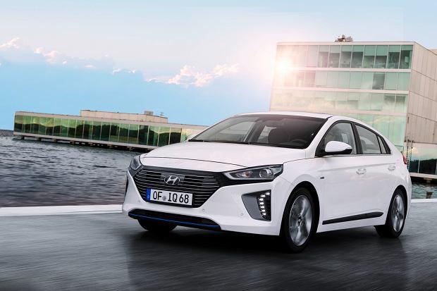 Hyundai Ioniq | Pierwsza jazda | Trzy sposoby na Toyot�