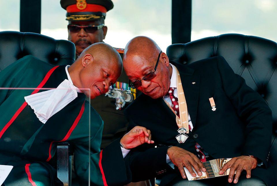 Jacob Zuma prezydent RPA i Mogoeng Mogoeng, prezes sądu najwyższego