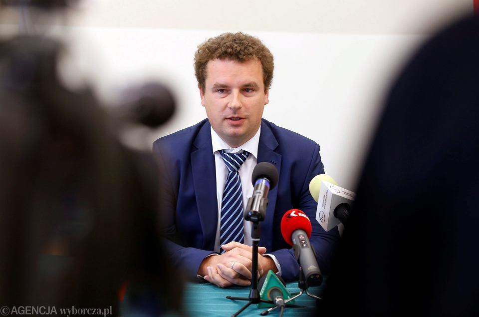 Poseł Jacek Wilk jako szef ruchu Kukiza na Świętokrzyskie. Konferencja w Kielcach, 30 lipca 2015