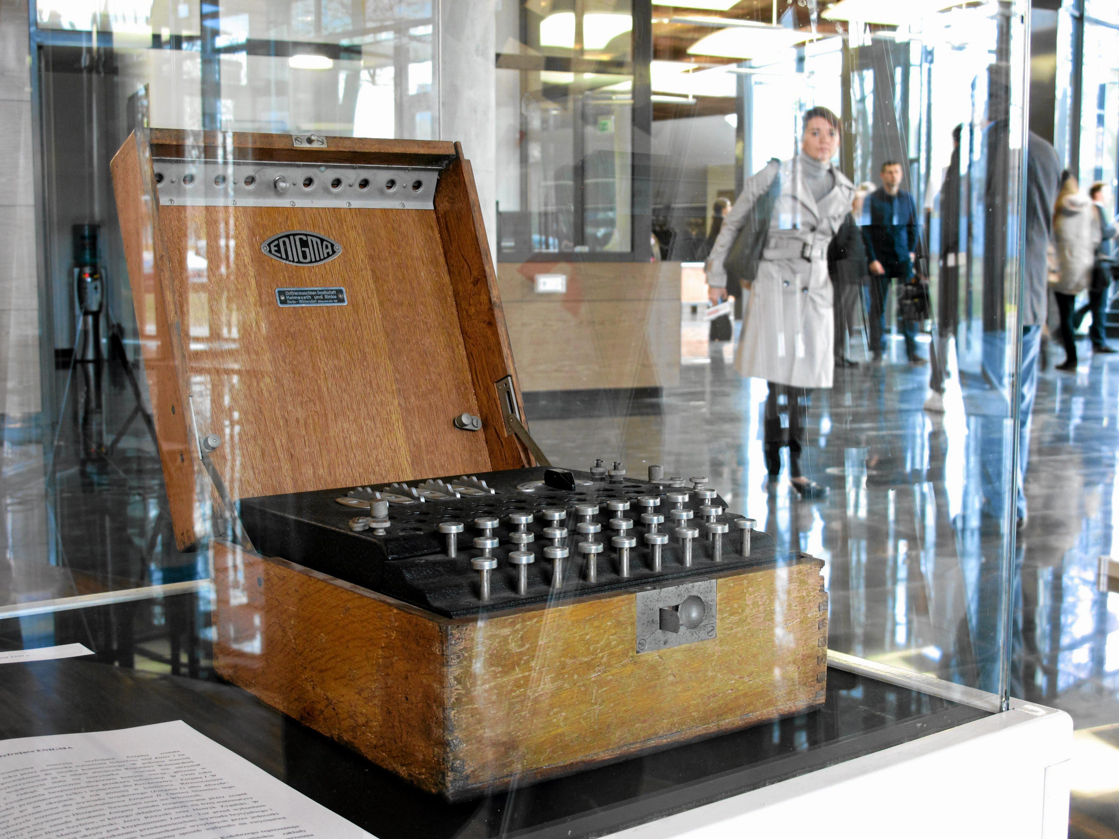 Maszyna szyfrująca Enigma (fot. Łukasz Cynalewski / AG)