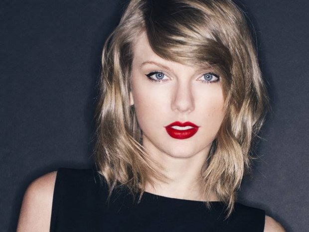 W najnowszej reklamie Apple'a Taylor Swift biega na bieżni i... rapuje.