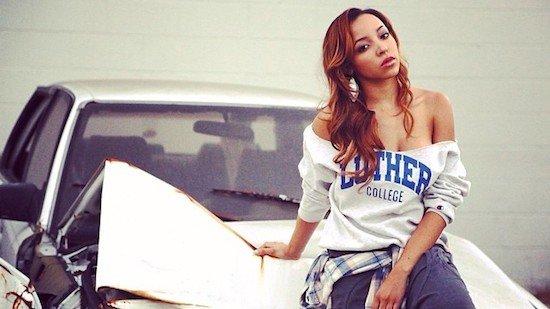 "Tinashe opublikowała teledysk do piosenki ""Player""."