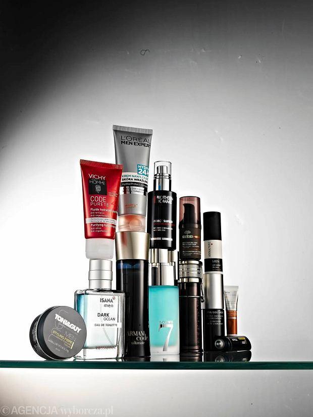 Facet w drogerii. Jak radzi sobie mężczyzna miedzy piramidami kosmetyków?