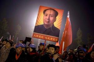Ub�stwienie Mao. Kult by�ego chi�skiego dyktatora