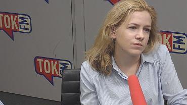 Anna Gielewska w studiu TOK FM.
