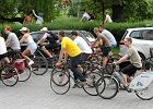 Internauci: Rower staje si� konieczno�ci�. Jest dyskusja