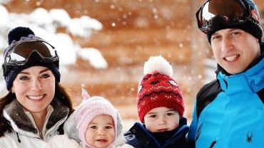 Książę William i książę George z dziećmi