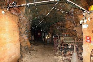 Do kupienia tunel na Wyspach Normandzkich. Budowali go polscy więźniowie przymusowi