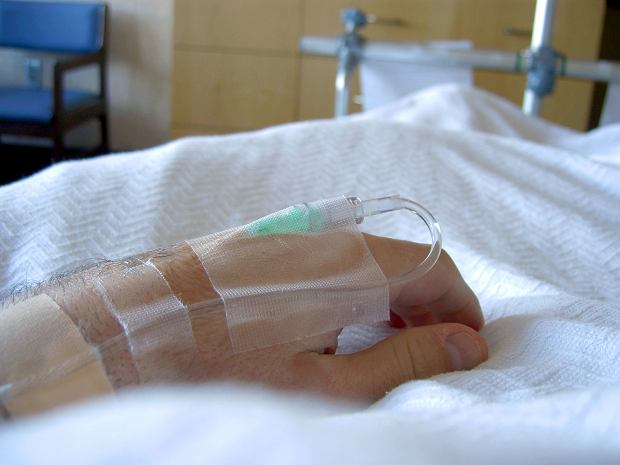 Śpiączka, śpiączka farmakologiczna i śmierć mózgu - czym się różnią?