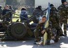 Rosjanie szturmuj� krymskie bazy, rosyjska flaga nad kolejnym okr�tem [PODSUMOWANIE DNIA]