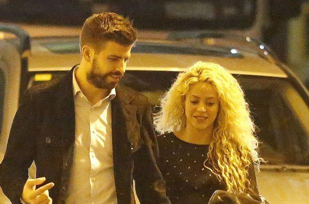 Shakira i Gerard Pique wybrali się w Barcelonie na spacer i romantyczną kolację. Zobaczcie, jak wyglądał ich wieczór.