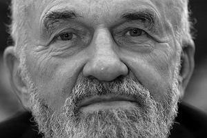 Kazimierz Świtoń (4 sierpnia 1931 - 4 grudnia 2014)