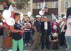KOD zebrał się w Legnicy z okazji rocznicy 4 czerwca 1989. ?Święto demokracji? [ZDJĘCIA, WIDEO]