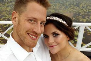 """Syn Stockingera strzelił gola i pokazał """"cieszynkę"""", że zostanie ojcem. Jego żona wzięła udział w wyjątkowej sesji ciążowej"""