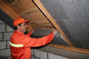 Jak ociepli� strop od poddasza?