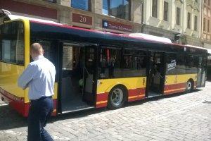 Wroc�aw ma nowe autobusy. Prezentacja na pl. Solnym [FOTO]