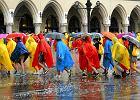 Rozpoczęła się ceremonia otwarcia ŚDM. Kraków zalany po oberwaniu chmury