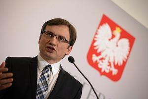 Podwójne salto ministra Ziobry. Po co złożył wniosek do Trybunału? Podobno ma chytry plan