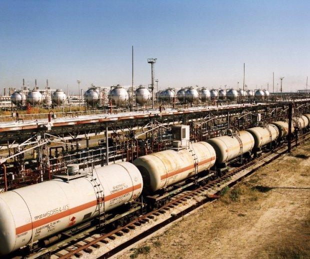 Gazprom podzieli� Litw� obni�kami cen gazu
