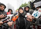 Czarny protest. Zatrzymana w Poznaniu: Bili pałką i wyzywali. Policja: Byliśmy niezwykle uprzejmi