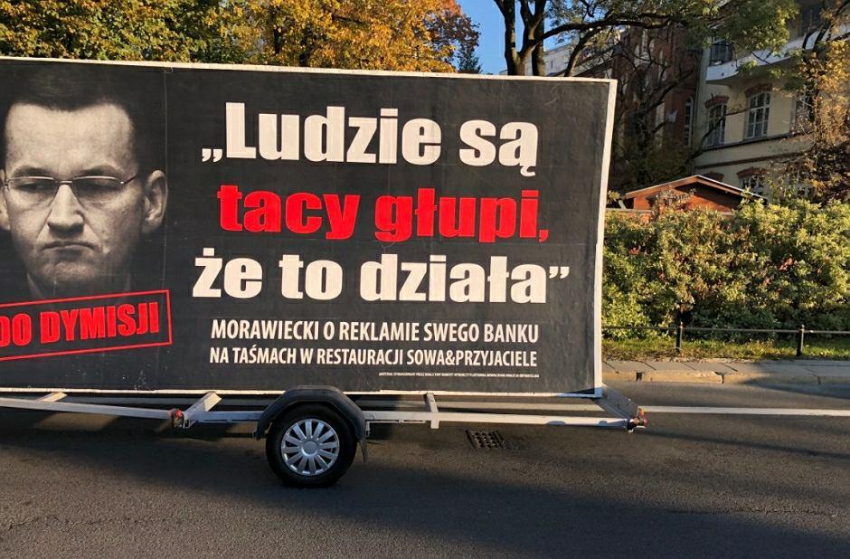 'Konwój wstydu' rusza w Polskę