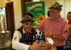 5 milionów litrów piwa i 6 milionów gości? Niemiecki Oktoberfest i inne święta piwa na świecie - kto świętuje i za ile? [KAYAK.PL]